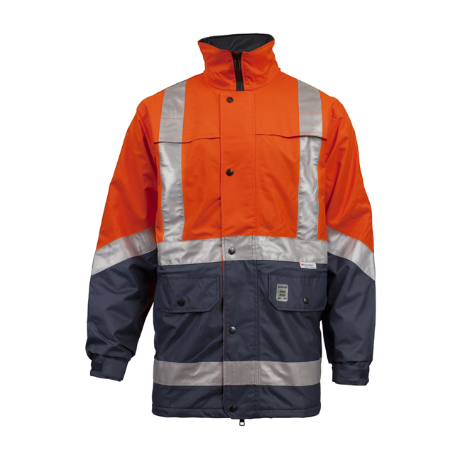 With a huge selection of uniforms, shirts and pants, you'll be sure to find the appropriate clothing you need to work in any industry. Our quality workwear is designed to last, whether you're sitting in an office or working in nature.