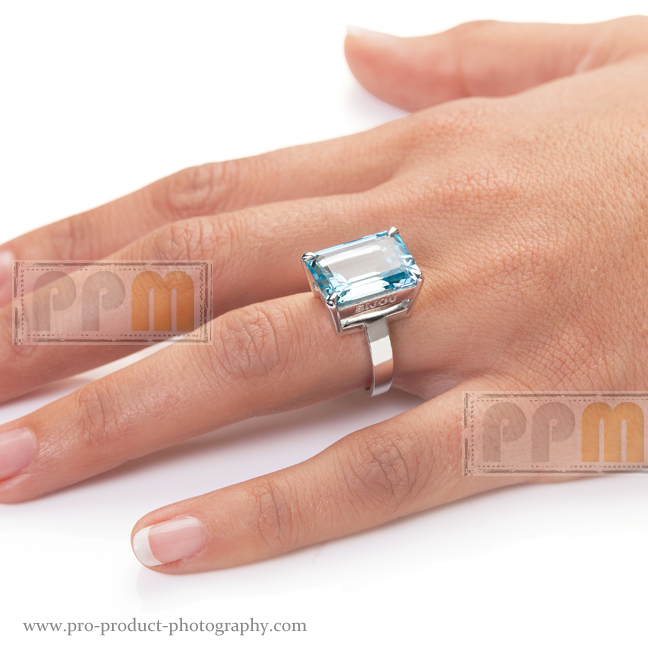 Commercial Jewellery Photographer, modelled fashion studio
